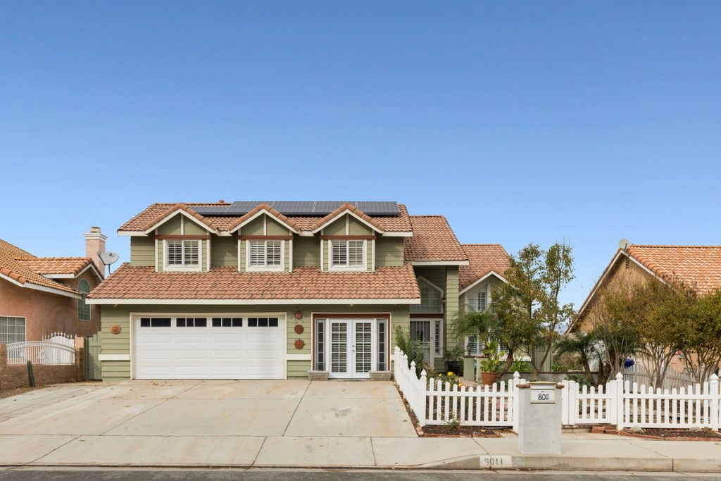 8011 Whitney Dr. Jurupa Valley, CA 92509 | Graham and The Home Team | Compass
