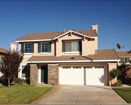 3349 New York Dr, Corona, CA 92882