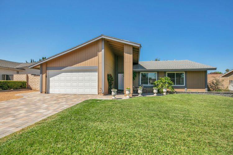 2732 Litchfield Dr. Riverside, CA 92503
